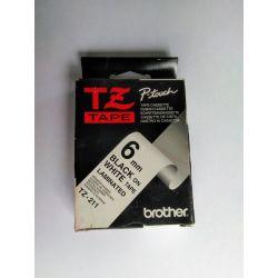 Brother 6 mm zwart op witte tape - gelamineerde tape